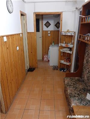 Apartament decomandat 2 camere zona Bucovina etaj 2 - imagine 5