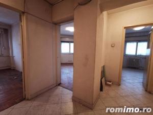 Decebal 3 camere etaj 1/7 decomandat, 2 bai 74 mp fara imbunatatiri - imagine 4
