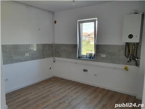 Vand apartament doua camere Dumbravita 58000euro - imagine 1