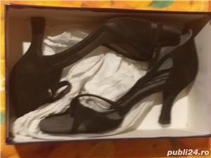 Pantofi HORUS n 40 pentru femei pentru dans 200 lei - imagine 2