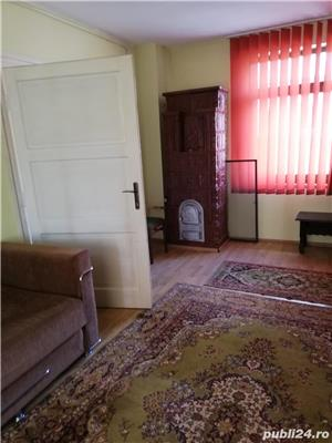 Casa de vanzare in oras SINGUR IN CURTE. - imagine 4
