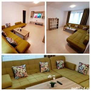Apartament metrou 1 Decembrie complet renovat, spatios, 3 camere, 70 mp - imagine 1