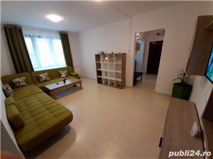 Apartament metrou 1 Decembrie complet renovat, spatios, 3 camere, 70 mp - imagine 2