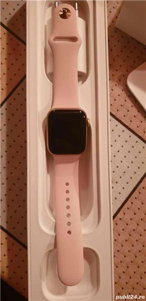 APPLE Watch Series 4 40mm Gold Aluminium Case, Pink Sand Sport Band - imagine 5