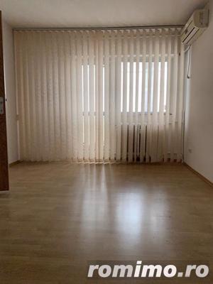 Crangasi apartament cu 3 camere de inchiriat nemobilat 400 € - imagine 3