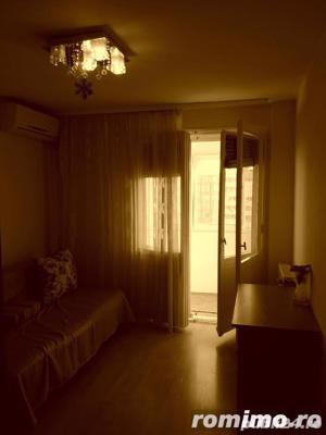 Dristor apartament de vanzare 3 camere aproape de metrou - imagine 5