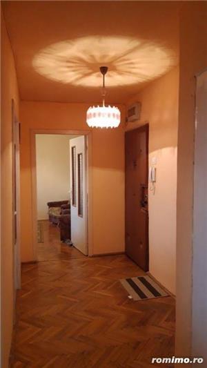 Apartament cu 3 camere in zona TORONTAL la 71.500 euro - imagine 8
