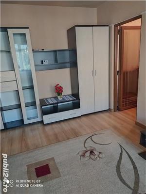 Închiriez apartament - imagine 1