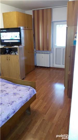 Inchiriez apartament 3 camere Crihala - imagine 2