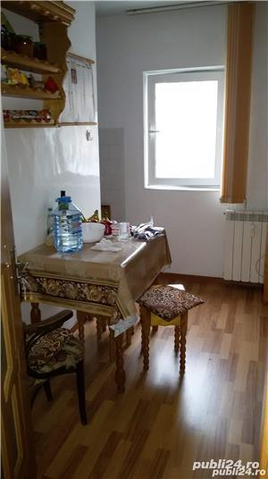 Inchiriez apartament 3 camere Crihala - imagine 6
