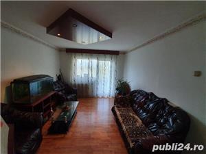 0% COMISION CUMPARATOR! Vanzare Apartament 4 camere situat in Targu Jiu, strada 8 Mai - imagine 1