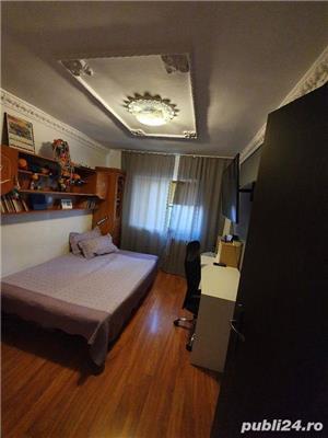 0% COMISION CUMPARATOR! Vanzare Apartament 4 camere situat in Targu Jiu, strada 8 Mai - imagine 3