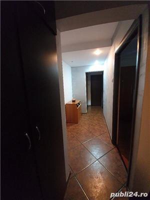 0% COMISION CUMPARATOR! Vanzare Apartament 4 camere situat in Targu Jiu, strada 8 Mai - imagine 7