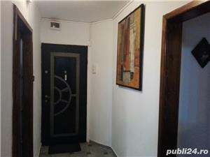Proprietar,ofer spre inchiriere apartamet 3 camere zona Soarelui - imagine 3