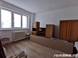 Apartament cu 2 camere, decomandat, etaj intermediar, Manastur - imagine 4