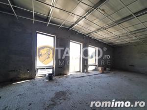 Hala industriala 540 mp utili si curte 750 mp de inchiriat zona Selimbar  - imagine 5