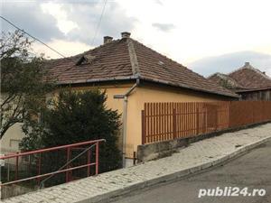vand casa cu 2 camere si curte in Medias - cartier de case Vitrometan - imagine 2