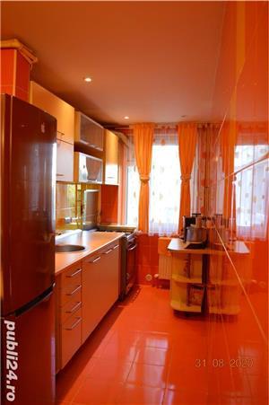 Apartament 3 camere, mobilat, zona PECO - imagine 7