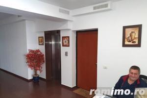 Vanzare Aparament 4 camere, langa Clubul Francez - imagine 2