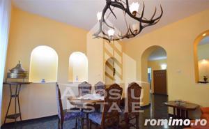Apartament 4 camere MEDICINA - imagine 1