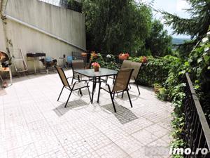 Vila impresionanta cu 1200 mp teren si piscina interioara in Faget - imagine 7
