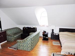 Vila impresionanta cu 1200 mp teren si piscina interioara in Faget - imagine 13