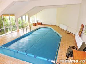 Vila impresionanta cu 1200 mp teren si piscina interioara in Faget - imagine 6
