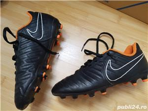Ghete fotbal copii Nike tiempo - imagine 2