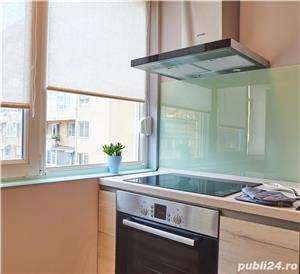 Proprietar, inchirirez apartament ultracentral, complet renovat, mobilat si utilat - imagine 2