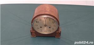 Ceas de masa art deco din lemn anii 30 cu 2 chei  - imagine 1