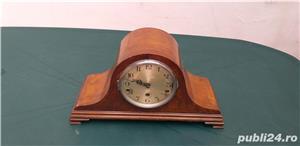 Ceas de semineu art deco din lemn cu 3 chei anii 30  - imagine 2