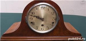 Ceas de semineu art deco din lemn cu 3 chei anii 30  - imagine 1