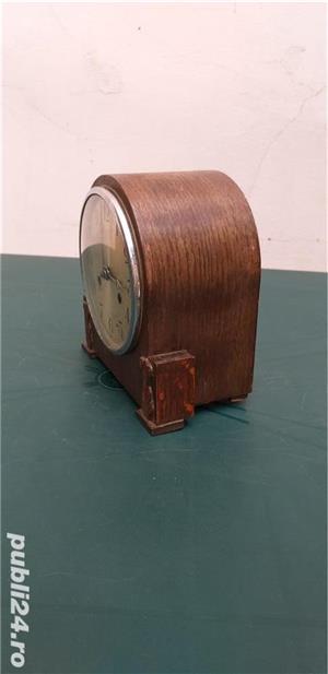 Ceas de masa art deco din lemn anii 30 cu 2 chei  - imagine 2