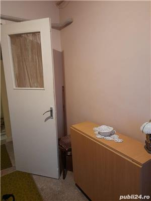 Vând apartament două camere decomandate et.10/10 Cornişa Bistriţa Bacău - imagine 3