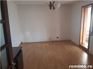 Apartament 3 camere decomandat si garaj, parter, Moroasa 2, ID 697 - imagine 3
