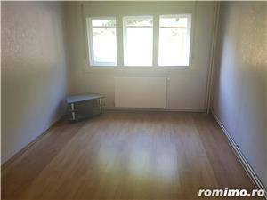 Apartament 3 camere decomandat si garaj, parter, Moroasa 2, ID 697 - imagine 1