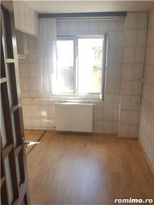 Apartament 3 camere decomandat si garaj, parter, Moroasa 2, ID 697 - imagine 8