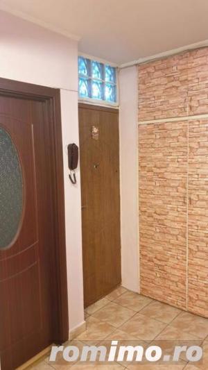 Apartament cu 3 camere in zona Rahova  - imagine 2