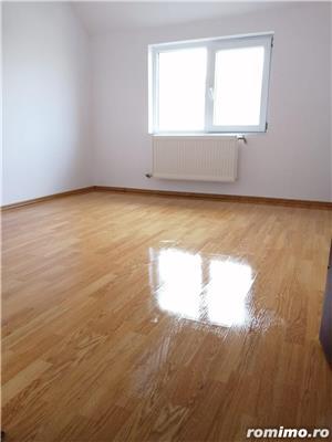Apartament la mansarda, Bradet - imagine 6