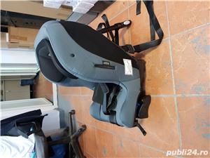 Scaun Auto Rear Facing Axkid Move 9-25 kg - imagine 3