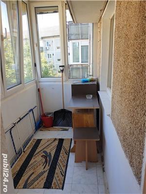 Apartament 2 camere decomandat - Zona Soarelui - imagine 5