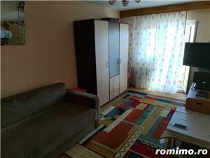 Vand apartament 2 camere Lipovei  - imagine 1