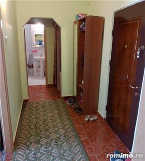 Vand apartament 2 camere Lipovei  - imagine 2