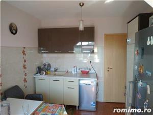 Vand apartament 2 camere Lipovei  - imagine 3
