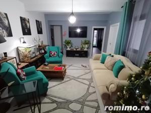 Apartament 3 camere, zona centrala ! - imagine 2