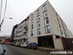 Apartament 3 camere, zona centrala ! - imagine 15