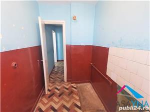 Apartament 2 camere semidecomandate, zona Mioritei - imagine 4
