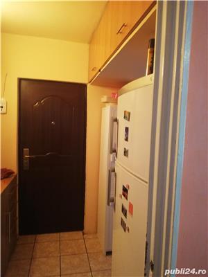 vand apartament 2 camere - imagine 9