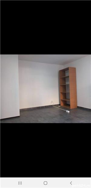 Închiriez spațiu comercial pentru sediu firma , birou, zona Iulius mall 25 mp, intrare din strada - imagine 4