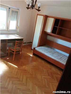 Apartament 2 camere decomandat zona Lunei etajul 2 centrala proprie - imagine 9